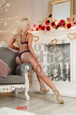 Guylaine escort & happy ending massage