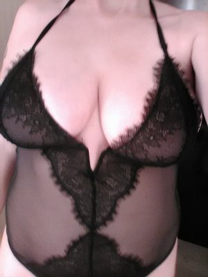 Mayssaa escort and tantra massage
