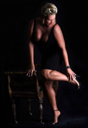 Anne-isabelle escort girls