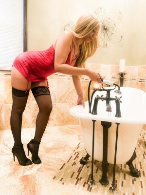 Julie-rose escorts in Rochester